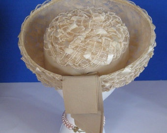 Vintage Breton hat, 1960s vintage brim hat with ribbon, natural beige, Star Store, size small (6-1/2)