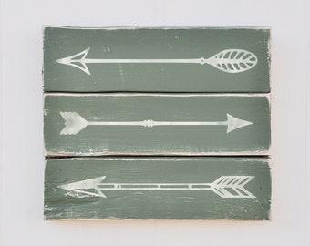 Rustic Arrow Wall Decor, Shabby Chic, Plank Style Wood Sign, Wall Art, Vintage Home Decor