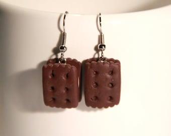 Creme cookie earrings
