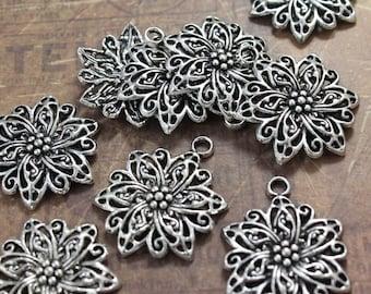 5 Flower Charms Flower Pendants Antiqued Silver Tone 25 x 27 mm