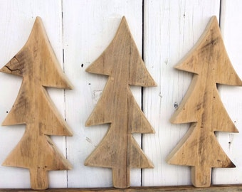 Wood Christmas Tree, Primitive Crafts, Country Christmas Decorations, Primitive Christmas, Rustic Christmas Wood Crafts, Country Christmas