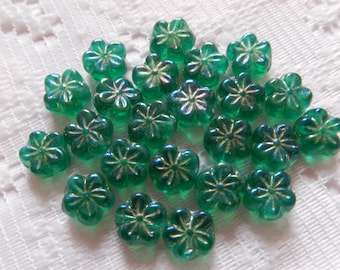 20  Malachite Green AB Etched Daisy Flower Disc Czech Glass Beads  8mm
