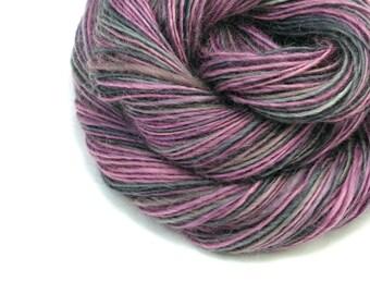 Wensleydale | Worsted Weight Yarn, Handspun Yarn, Purple Yarn, Mauve Yarn, Gray Yarn, Wensleydale Yarn, Single Ply Yarn, GRAY DAY