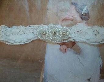 Wedding Toss Garter - Pearl & Crystal Rhinestone - Style TG122