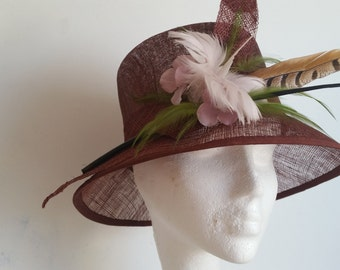 Wide Brim Windich Borgundy Hat with Feathers and Small Floret for Wedding,Church,Ascot,Kantucky Derby