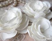 Wedding ivory flowers Hair magnolia Ivory hair flower Wedding hair flower Ivory sash flower Ivory dress Ivory bridal sash Wedding hair piece