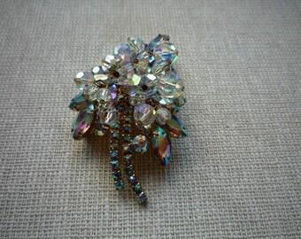 Beautiful D & E Juliana Aurora Borealis Crystal Rhinestone Gold Tone Leaf Brooch Pin