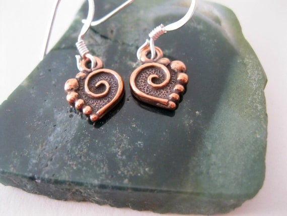 Copper spiral heart charm earrings. copper heart earrings, tiny copper heart earrings with silver ear hooks