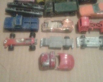 10 Matchbox, Aurora, Playart cars, Jeep, Trucks, lesney