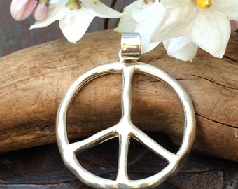 Classic sterling silver Peace pendant