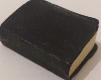 vintage miniature book Shakespeares King Henry VI