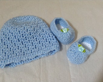 Crocheted Baby Hat/ Booties Set, in Blue Soft Yarn, 0-3 M