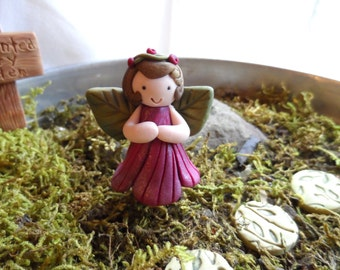Shaylee the garden Fairy MOSS GARDEN Collectibles by Raquel at the WRC