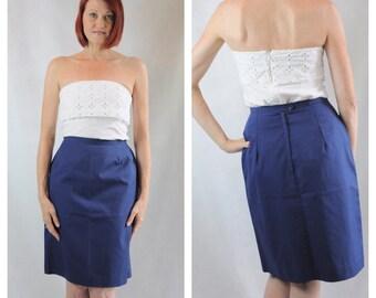 Vintage Navy pencil skirt/ size 6
