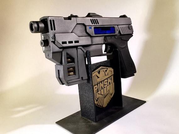 Dredd 3D Lawgiver MKII prop gun kit