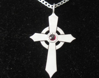 Celtic Cross Sterling Silver Beautifully Crafted and Designed   82a