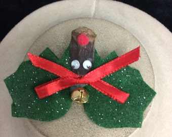 Vintage Christmas Hand Made Cloth Reindeer Bell Pin
