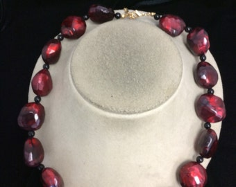 Vintage Chunky Red & Black Beaded Necklace