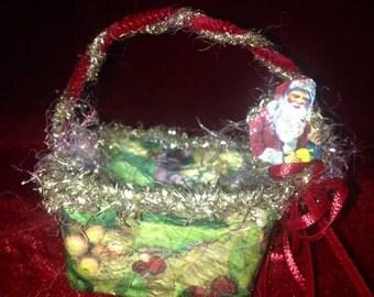 Cute, Little, Vintage Christmas Treat Basket