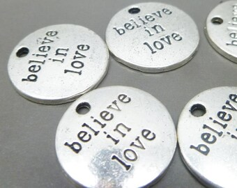 Life Is Beautiful Wholesale Spanish Message Charms C5232-10 20 Or 50PCs
