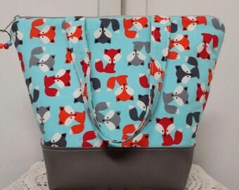 Insulated Lunch Bag,Vinyl Bottom, Fox, Baby Fox,Nylon Liner with Inner Zipper Pocket,Washable,Work Lunch Bag, School Lunch Bag, Washable.