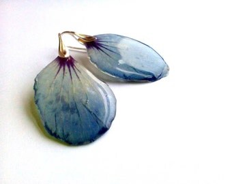 Blue real flower petal resin earrings Clear rein jewelry Floral esrrings