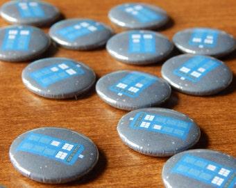 TARDIS Doctor Who pinback button badge pin
