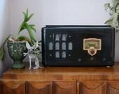 ON SALE - Classic Vintage Style Radio (Bluetooth Speaker)
