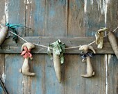 Bunny Garland- Primitive Bunnies Garland- Primitive Wall Decoration-Rustic Country Garland-Primitive Rabbits and Carrots