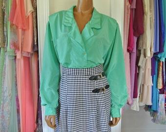 Diane Von Furstenberg DVF blouse kelly green Over Size Career Blouse top Size L