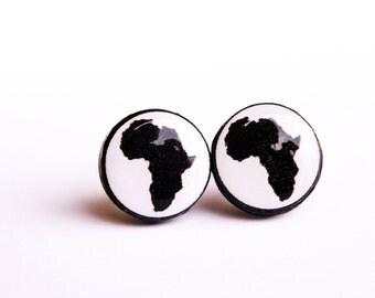 Africa stud earrings, Black and white, Africa jewelry, Back and white jewelry, Africa silhouette, Small earrings, Africa ear studs