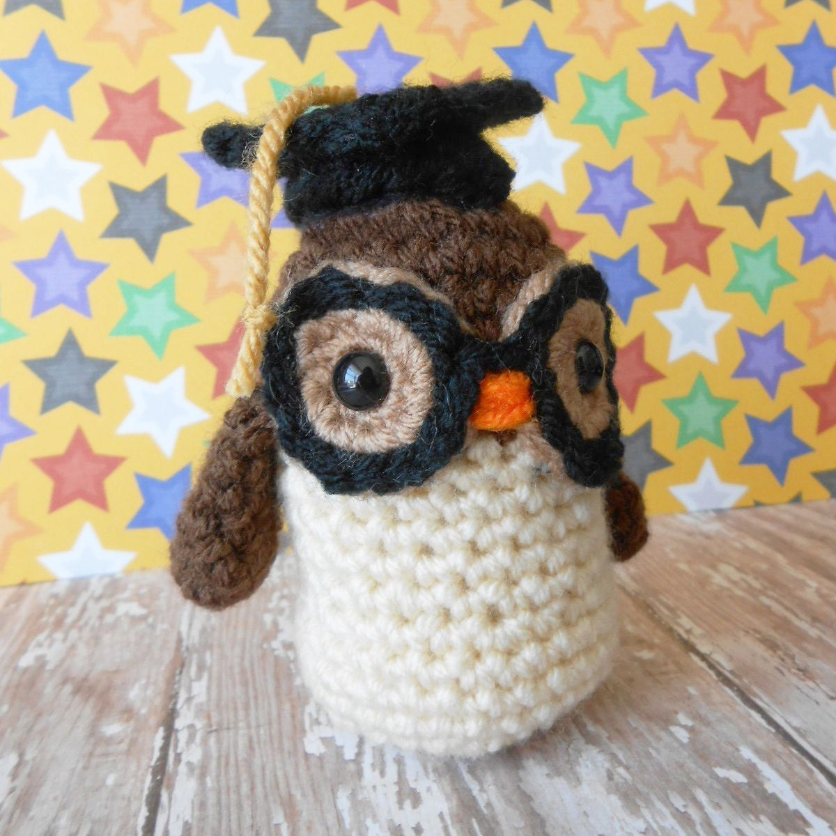 Items similar to Amigurumi Graduation Owl with Glasses and ...