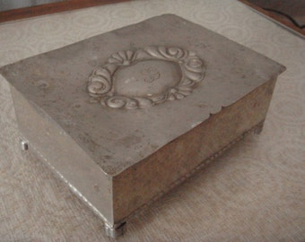 Vintage old jewelry box / with engrave / metal storage box / mid century 40s-50s