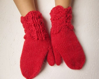 Knitted  mittens, Womens red gloves,Mittens Knitted , Woman gloves, Handmade, Valentine day gift