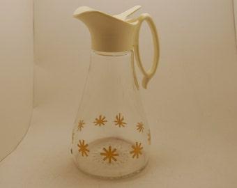 Vintage syrup dispenser, Log Cabin syrup pitcher, 1960s, gold Atomic Star pattern,