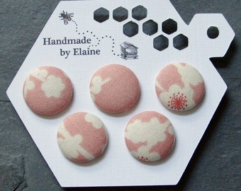 Fabric Covered Buttons - 5 x 22mm buttons, handmade button, pastel pink buttons, cherry blossom buttons, sakura button, japanese button 1272