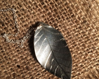 Fine Silver Just A Leaf Pendant