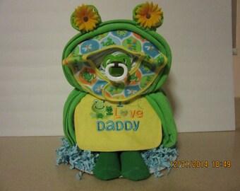 Frog Shaped Diaper Cake, Frog Diaper Cake