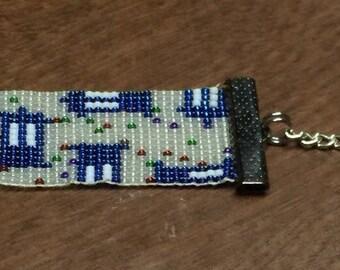 Tardis bead loom bracelet