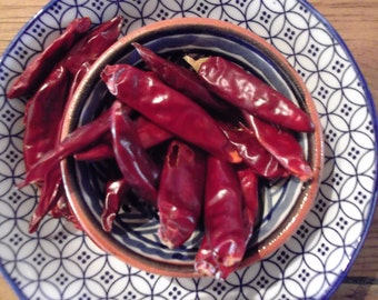 organic WHOLE CAYENNE PEPPER, dried chili, piri piri,paella, salsa, Spanish