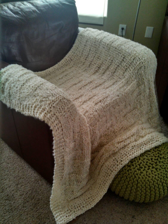 Knitting Pattern For Lap Blanket : Soft Knitted Lap Blanket