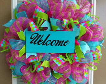 Spring Summer Deco Mesh Wreath with Wooden Welcome Sign