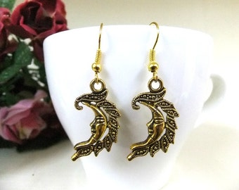SALE! Gold Tone Crescent Moon Earrings, Moon Earrings, Gold Moon Earrings, Moon Jewellery, Simple Moon Earrings, Crescent Moon Jewelry