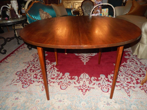 Drexel mid century dining room table by sevenpeaksantiques for Dining room tables etsy