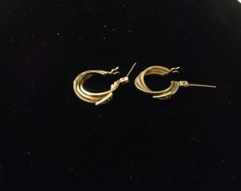 Vintage Art Deco 14K Yellow Gold Earrings with Diamond Accents