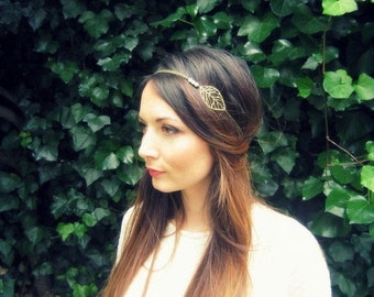 """Marriage headband """"Luce"""" metal, chain sheets and pearls unbleached"""