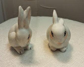 Set of 2 Bunnies