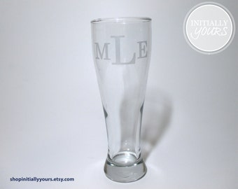 Personalized Monogram Beer Glass, Gifts for Him, Gifts for Dad, Groomsmen Gift, Monogram Groomsmen Gift, Personalized Best Man Gift