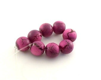 Beads 18 Hot Pink Crackle 12mm