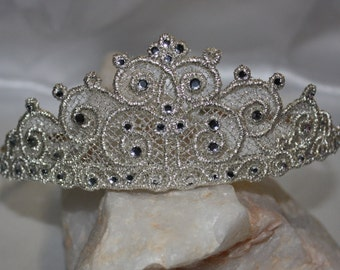Tiara Crown hairband, headband, freestanding lace in the hoop machine embroidery designs